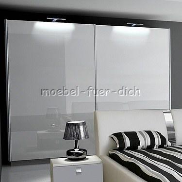 hochglanz schlafzimmer mit boxspringbett milano2 mit 2. Black Bedroom Furniture Sets. Home Design Ideas
