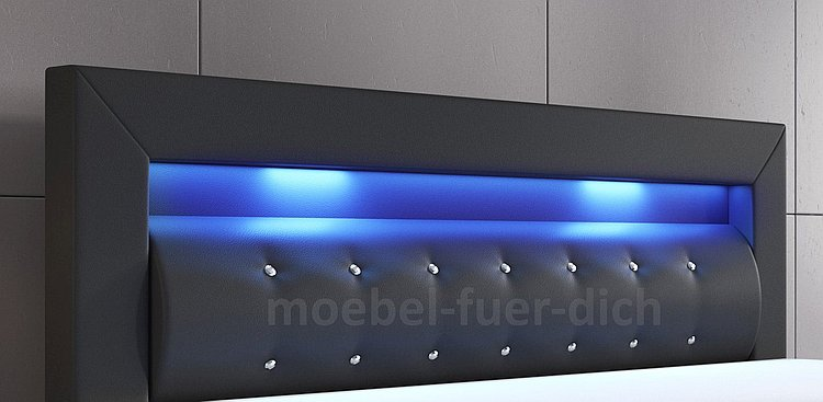 Boxspringbett mit LED