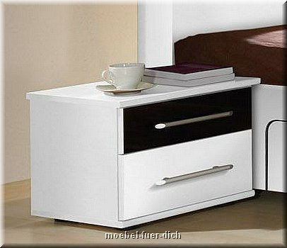 komplettes schlafzimmer dublin weiss schwarz hochglanz m bel f r dich online shop. Black Bedroom Furniture Sets. Home Design Ideas