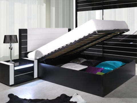 exklusives hochglanz schlafzimmer linn wei m bel f r. Black Bedroom Furniture Sets. Home Design Ideas