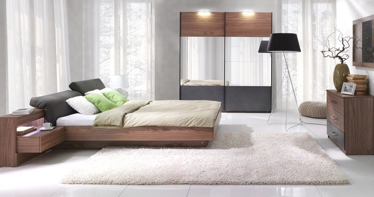 komplett schlafzimmer renato bett mit gepolstertem verstellbarem kopfteil ebay. Black Bedroom Furniture Sets. Home Design Ideas